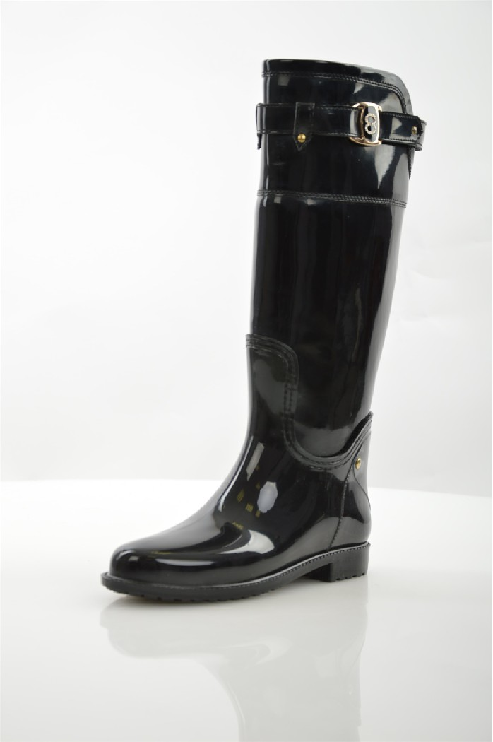 Резиновые сапоги Lady LitaЖенская обувь<br>Цвет: черный<br> Состав: искусственная кожа, ПВХ<br> <br> Высота платформы: Низкая: 1 см<br> Материал верха: ПВХ<br> Материал стельки: Шерсть<br> Материал подошвы: Резина<br> Материал подкладки обуви: Искусственная кожа<br> Голенище: Обхват голенища: 31 см; Полнота голенища: 40 см; Высота голенища: 37 см<br> Сезон: демисезон<br> <br> Страна бренда: Россия<br> Страна производитель: Россия<br><br>Высота каблука: 1 см<br>Объем голени: 31 см<br>Высота голенища / задника: 37 см<br>Материал: ПВХ<br>Сезон: ВЕСНА/ОСЕНЬ<br>Коллекция: Весна-лето<br>Пол: Женский<br>Возраст: Взрослый<br>Цвет: Черный<br>Размер RU: 37