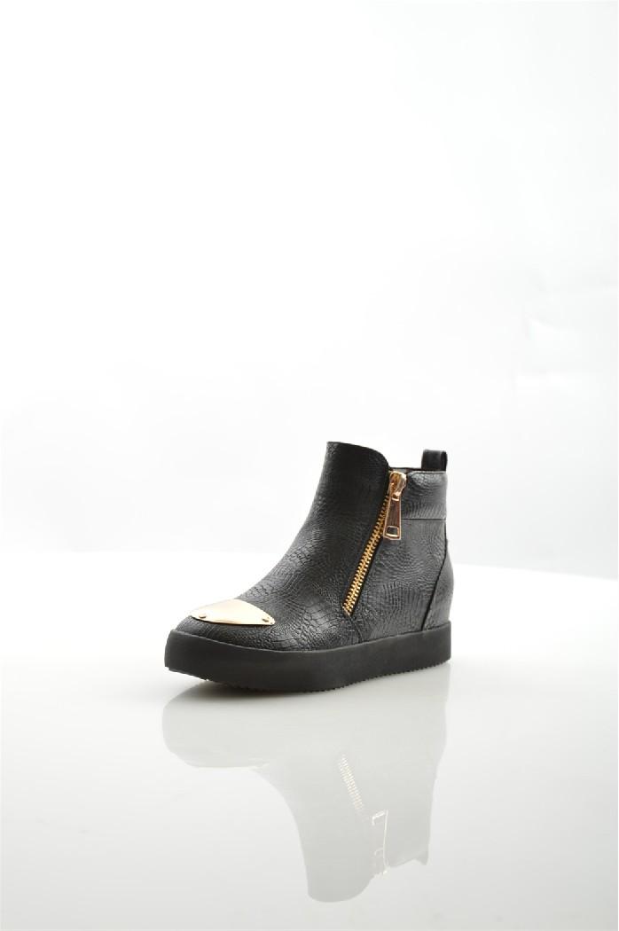 Сникеры DazeЖенская обувь<br>Цвет: черный<br> Состав: экокожа 100%<br> <br> Вид застежки: Молния<br> Фактура материала: рептилия<br> Материал подкладки обуви: Фельпа<br> Габариты предмета: высота подошвы: 2.5 см<br> Материал подошвы обуви: полиуретан<br> Материал стельки: искусственная кожа<br> Тип подошвы: профилированная<br> Модель туфель: броги<br> Сезон: демисезон<br> <br> Страна: Россия<br><br>Высота платформы: 2.5 см<br>Материал: Эко-кожа<br>Сезон: ВЕСНА/ОСЕНЬ<br>Коллекция: Осень-зима<br>Пол: Женский<br>Возраст: Взрослый<br>Цвет: Черный<br>Размер RU: 37