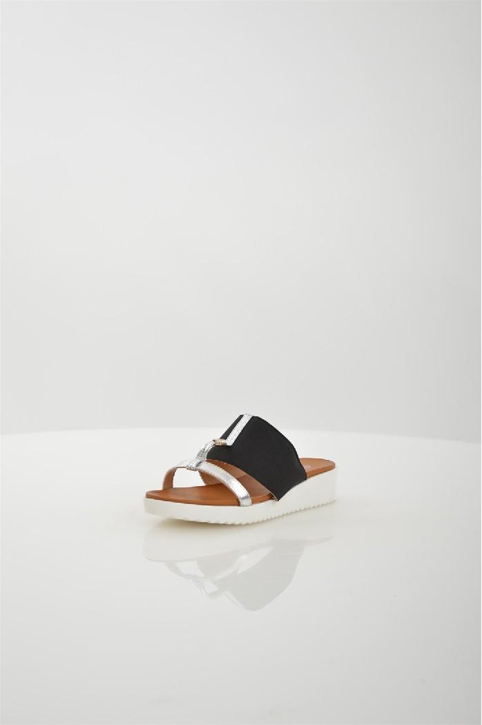 Сабо CatherineЖенская обувь<br>Материал верха: искусственная кожа, текстиль<br> Внутренний материал: искусственная кожа<br> Материал стельки: искусственный материал<br> Материал подошвы: искусственный материал<br> Цвет: черный<br> Сезон: Лето<br> Коллекция: Весна-лето<br> Детали обуви: камни/стразы<br> Страна: США<br><br>Материал: Искусственная кожа<br>Сезон: ЛЕТО<br>Коллекция: Весна-лето<br>Пол: Женский<br>Возраст: Взрослый<br>Цвет: Черный<br>Размер RU: 38