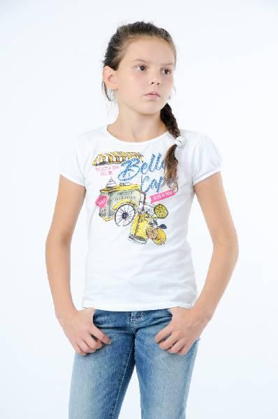 Guess ФутболкаОдежда для девочек<br>Белая футболка от Guess декорирована ярким принтом с надписью и сверкающими стразами. Модель выполнена из мягкого хлопкового трикотажа. Детали: прилегающий силуэт, круглый вырез, короткие рукава с тонкими трикотажными манжетами.<br><br>Состав    100% - Хлопок<br>Длина по спинке    48 см<br>Страна: США<br><br>Материал: Хлопок<br>Сезон: МУЛЬТИ<br>Коллекция: Весна-лето<br>Пол: Женский<br>Возраст: Детский<br>Цвет: Белый<br>Размер Years: 10Y