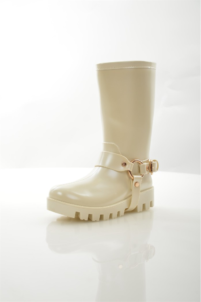 Резиновые сапоги KEDDOЖенская обувь<br>Детали: подкладка и стелька из ворсина, рельефная подошва.<br> <br> Материал верха: резина<br> Внутренний материал: ворсин<br> Материал стельки: ворсин<br> Материал подошвы: ПВХ<br> Высота голенища / задника: 26 см<br> Цвет: бежевый<br> Коллекция: Весна-лето<br> Сезон: демисезон<br> <br> Страна бренда: Соединенное Королевство<br><br>Высота голенища / задника: 26 см<br>Материал: Резина<br>Сезон: ВЕСНА/ОСЕНЬ<br>Коллекция: Весна-лето<br>Пол: Женский<br>Возраст: Взрослый<br>Цвет: Бежевый<br>Размер RU: 38