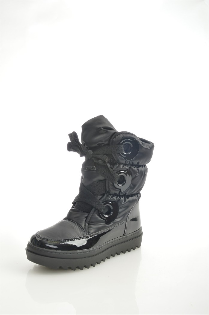 Полусапоги MADELLAЖенская обувь<br>Цвет: черный<br> Материал верха: кожа искусственная лакированная; текстиль<br> Материал подкладки: мех искусственный<br> Материал стельки: мех искусственный<br> Материал подошвы: искусственный материал, рифленая<br> Сезон: зима<br> Высота голенища: 18,5 см<br> Уход за изделием: деликатная ручная чистка<br> Параметры изделия: для размера 38/38: высота платформы 3,5-4 см, ширина стельки 7,7 см, длина стельки 24,5 см<br> <br> Страна дизайна: Россия<br> Страна производства: Китай<br><br>Высота платформы: 4.5 см<br>Высота голенища / задника: 18.5 см<br>Материал: Искусственная кожа<br>Сезон: ЗИМА<br>Коллекция: Осень-зима<br>Пол: Женский<br>Возраст: Взрослый<br>Цвет: Черный<br>Размер RU: 37