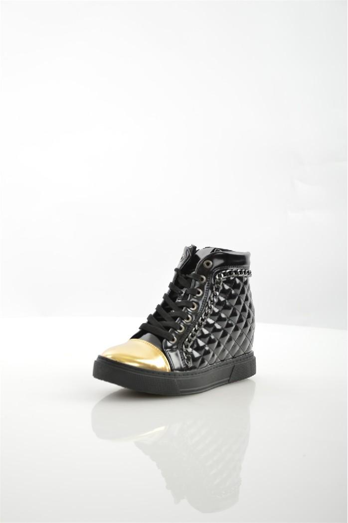 Кеды DameroseЖенская обувь<br>Материал верха: искусственная кожа<br> Внутренний материал: текстиль<br> Материал стельки: текстиль<br> Материал подошвы: резина<br> Высота голенища / задника: 7.5 см<br> Высота каблука: 7 см<br> Тип каблука: Танкетка<br> Застежка: на молнии<br> Цвет: черный<br> Сезон: Демисезон<br> Коллекция: Осень-зима<br> <br> <br>Страна: Италия<br><br>Высота каблука: 7 см<br>Высота голенища / задника: 7.5 см<br>Материал: Искусственная кожа<br>Сезон: ВЕСНА/ОСЕНЬ<br>Коллекция: Осень-зима<br>Пол: Женский<br>Возраст: Взрослый<br>Цвет: Черный<br>Размер RU: 37