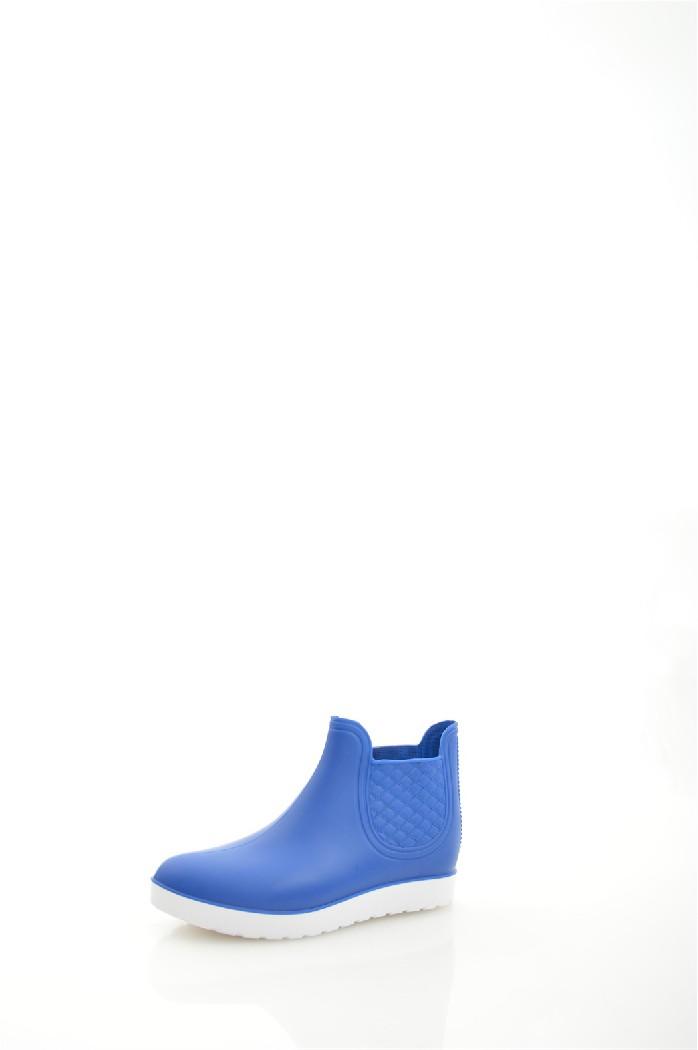 Резиновые полусапоги BRISЖенская обувь<br>Цвет: синий<br> Состав: ПВХ 100%<br> <br> Материал подкладки: Текстиль<br> Обхват голенища: 29 см<br> Высота голенища: 10 см<br> Высота каблука: 2.5 см<br> Высота подошвы: 2 см<br> Материал подошвы: ПВХ<br> Материал стельки: текстиль<br> Вид каблука: танкетка<br> Сезон: демисезон<br> <br> Страна бренда: Россия<br> Страна производитель: Россия<br><br>Высота каблука: 2.5 см<br>Высота платформы: 2 см<br>Объем голени: 29 см<br>Высота голенища / задника: 10 см<br>Материал: ПВХ<br>Сезон: ВЕСНА/ОСЕНЬ<br>Коллекция: Весна-лето<br>Пол: Женский<br>Возраст: Взрослый<br>Цвет: Синий<br>Размер RU: 38