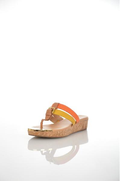 Сабо JUST COUTUREЖенская обувь<br>Цвет: оранжевый, желтый<br> <br> Состав: натуральная кожа 100%<br> <br> Фактура материала Кожаный<br> Материал стельки Искусственная кожа<br> Материал подошвы Резина<br> По назначению Ходьба<br> Вид застежки Без застежки<br> Высота каблука Высота: 3 см<br> Материал подкладки искусственная кожа<br> Вид обуви низкие<br> Вид каблука танкетка<br> Вид мыска круглый<br> Сезон лето<br> Пол Женский<br> Страна 3Италия<br><br>Высота каблука: 3 см<br>Материал: Натуральная кожа<br>Сезон: ЛЕТО<br>Коллекция: Весна-лето<br>Пол: Женский<br>Возраст: Взрослый<br>Цвет: Разноцветный<br>Размер RU: 38