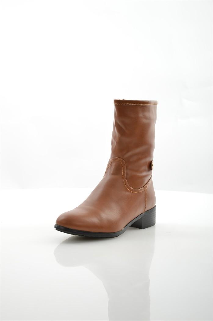 Ботинки ITEMBLACKЖенская обувь<br>Цвет: рыжий<br> Материал верха: кожа искусственная<br> Материал подкладки: мех искусственный<br> Материал стельки: мех искусственный<br> Материал подошвы: искусственный материал, рифленая<br> Сезон: зима<br> Высота голенища: 20 см<br> Высота каблука: 3,5 см<br> Цвет и обтяжка каблука: черный, не обтянут<br> Местоположение логотипа: стелька<br> Уход за изделием: протирать губкой<br> <br> Страна: Италия<br><br>Высота каблука: 3.5 см<br>Высота голенища / задника: 20 см<br>Материал: Искусственная кожа<br>Сезон: ЗИМА<br>Коллекция: Осень-зима<br>Пол: Женский<br>Возраст: Взрослый<br>Цвет: Коричневый<br>Размер RU: 37.5