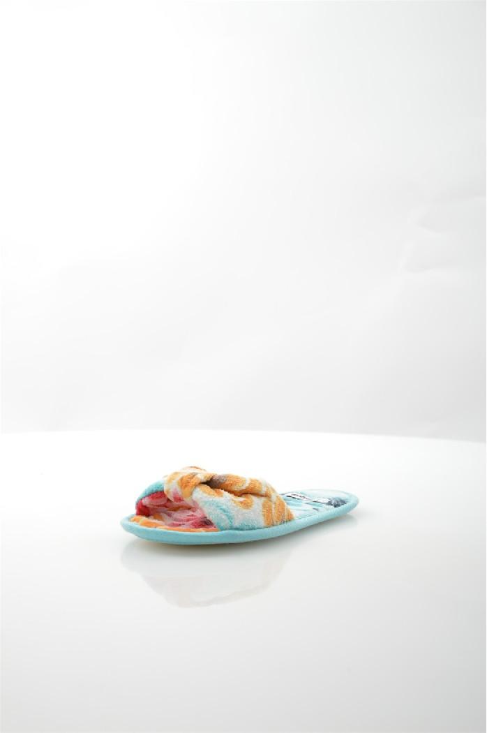 Тапки DesigualЖенская обувь<br>Цвет: мультицвет<br> Материал верха: текстиль<br> Материал подкладки: текстиль<br> Материал стельки: текстиль<br> Материал подошвы: искусственный материал, шероховатая<br> Сезон: всесезон<br> Местоположение логотипа: стелька<br> Уход за изделием: деликатная ручная чистка<br> Параметры изделия: для размера 37-39/37-39: толщина подошвы 0,7 см, ширина носка стельки 8,2 см, длина стельки 24-25 см<br> <br> Страна дизайна: Испания<br> Страна производства: Испания<br><br>Материал: Текстиль<br>Сезон: МУЛЬТИ<br>Коллекция: Весна-лето<br>Пол: Женский<br>Возраст: Взрослый<br>Цвет: Разноцветный<br>Размер RU: 38