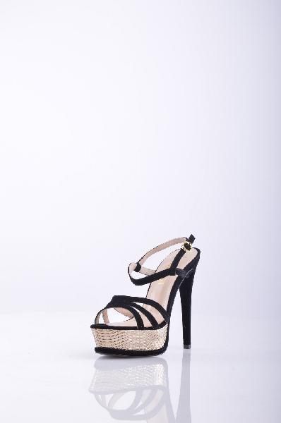 Босоножки, KliminiЖенская обувь<br>Стильные босоножки с открытым мыском. Модель выполнена из высококачественного материала приятной расцветки. Отличный вариант для повседневного использования. Материал подкладки: натуральная кожа.<br>Материал верха    Замша<br>Материал подкладки    Кожа<br>Вид застежки    Пряжка<br>Форма мыска    Классический мысок<br>Форма каблука    Шпилька<br>Особенность материала верха    Матовый<br>Высота каблука: 14 см.<br>Высота платформы: 3.5 см<br>Страна: Россия<br><br>Высота каблука: 14 см<br>Высота платформы: 3.5 см<br>Материал: Замша<br>Сезон: ЛЕТО<br>Коллекция: Весна-лето<br>Пол: Женский<br>Возраст: Взрослый<br>Цвет: Черный<br>Размер RU: 37