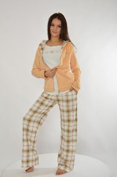 Комплект HAYSЖенская одежда<br>Цвет: персиковый, коричневый, молочный<br> <br> Состав: хлопок 92%, эластан 8%<br> <br> Стильный комплект, состоящий из толстовки, футболки и брюк. Все изделия выполнены из качественного материала. Отличный домашний вариант. Состав толстовки: 80% хлопок, 20% полиэстер. Длина футболки по спинке ок. 58 см., длина рукава ок. 10 см.<br> <br> Длина рукава Длинные, 60.0 см<br> Вид застежки Молния<br> Габариты предметов Длина, 64.0 см<br> Брюки (шорты) Ширина брючин, 23.0 см<br> Брюки (шорты) Высота посадки, 22.0 см<br> Брюки (шорты) Длина по внутреннему шву, 81.0 см<br> Сезон демисезон<br> Пол Женский<br> Страна Турция<br><br>Материал: Хлопок<br>Сезон: МУЛЬТИ<br>Коллекция: Весна-лето<br>Пол: Женский<br>Возраст: Взрослый<br>Цвет: Разноцветный<br>Размер INT: L