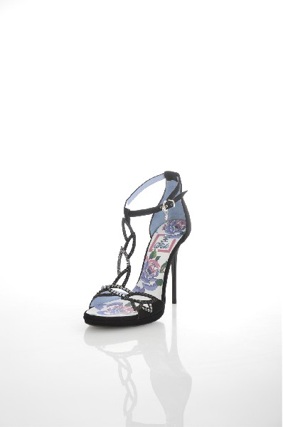 Босоножки FABIЖенская обувь<br>Цвет: черный и мультиколор<br> Состав: 100% натуральная кожа<br> Параметры изделия: для европейского размера 38/37 RU: высота каблука 12 см.<br> Страна дизайна: Италия<br> Страна производства: Италия<br><br>Высота каблука: 12 см<br>Материал: Натуральная кожа<br>Сезон: ЛЕТО<br>Коллекция: Весна-лето<br>Пол: Женский<br>Возраст: Взрослый<br>Цвет: Разноцветный<br>Размер RU: 37