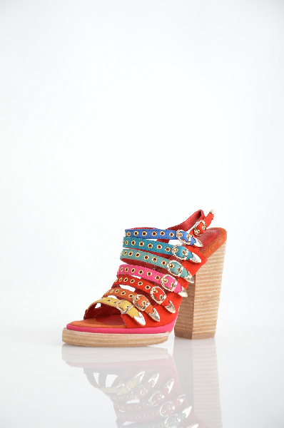 Сандалии JEFFREY CAMPBELLЖенская обувь<br>Состав: Кожа<br> Детали: ремешки, разноцветный узор, скругленный носок, подошва из экокожи, геометрический каблук<br> Размеры: Каблук: 12.5 cm Высота платформы: 1.5 cm<br> Страна: США<br><br>Высота каблука: 12.5 см<br>Высота платформы: 1.5 см<br>Материал: Натуральная кожа<br>Сезон: ЛЕТО<br>Коллекция: Весна-лето<br>Пол: Женский<br>Возраст: Взрослый<br>Цвет: Красный<br>Размер RU: 38