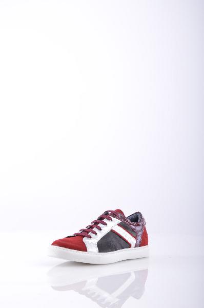 Кеды GF FERREЖенская обувь<br>Материал: замша, эффект ламинирования, логотип, разноцветный узор, шнуровка, скругленный носок, резиновая подошва, без каблука<br>Страна: Италия<br><br>Материал: Натуральная кожа<br>Сезон: МУЛЬТИ<br>Коллекция: Весна-лето<br>Пол: Женский<br>Возраст: Взрослый<br>Цвет: Разноцветный<br>Размер RU: 37