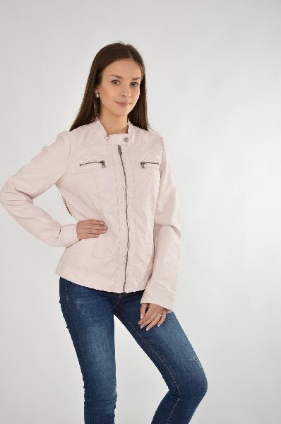 Куртка OnlyЖенская одежда<br>Куртка Only розового цвета. Модель выполнена из мягкой искусственной кожи. Детали: приталенный крой, два нагрудных и два боковых кармана, легкая подкладка.<br> <br> Состав: Полиуретан - 50%, Вискоза - 50%<br> Материал подкладки: Полиэстер - 100%<br> Длина: 56 см<br> Длина рукава: 62 см<br> Цвет: розовый<br> Сезон: Демисезон<br> Коллекция: Весна-лето<br> <br> Страна: Дания<br><br>Материал: Полиуретан<br>Сезон: ВЕСНА/ОСЕНЬ<br>Коллекция: Осень-зима<br>Пол: Женский<br>Возраст: Взрослый<br>Цвет: Розовый<br>Размер INT: S