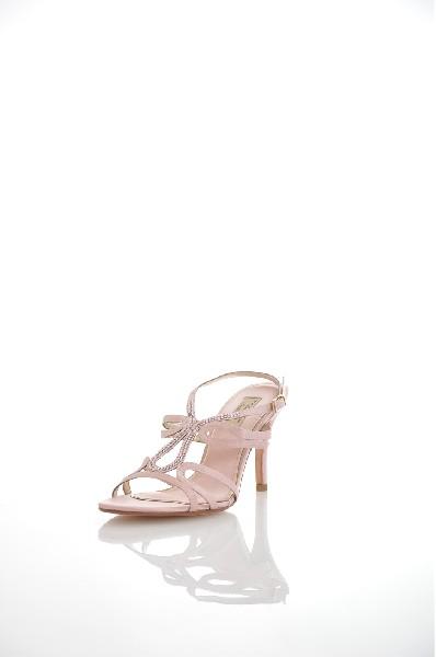 Сандалии TOSCA BLU SHOESЖенская обувь<br>Цвет: розовый<br> Состав: Текстильное волокно<br> Детали: стразы, одноцветное изделие, пряжка, скругленный носок, кожаная подошва, шпилька, атлас, маленький размер<br> Размеры: Каблук: 9 см<br> Страна: Италия<br><br>Высота каблука: 9 см<br>Материал: Текстильное волокно<br>Сезон: ЛЕТО<br>Коллекция: (Справочник &quot;Номенклатура&quot; (Общие)): Весна-лето<br>Пол: Женский<br>Возраст: Взрослый<br>Цвет: Розовый<br>Размер RU: 37