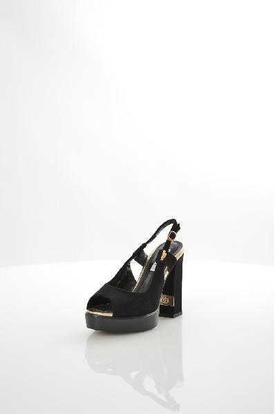 Туфли ELSIЖенская обувь<br>Цвет: черный<br> Материал верха: велюр искусственный<br> Материал подкладки: кожа искусственная<br> Материал стельки: кожа искусственная<br> Материал подошвы: искусственный материал, рифленая<br> Описание: cезон - лето<br> Параметры изделия для размера 37/37: высота платформы 2,5 см, ширина носка стельки 7,1 см, длина стельки 24 см<br> Высота каблука: 13 см<br> Цвет и обтяжка каблука: черный, велюр искусственный<br> Местоположение логотипа: стелька<br> Уход за изделием: чистка щеткой для замшевых изделий<br> Страна: Италия<br><br>Высота каблука: 13 см<br>Высота платформы: 2.5 см<br>Материал: Искусственный велюр<br>Сезон: ЛЕТО<br>Коллекция: Весна-лето<br>Пол: Женский<br>Возраст: Взрослый<br>Цвет: Черный<br>Размер RU: 37