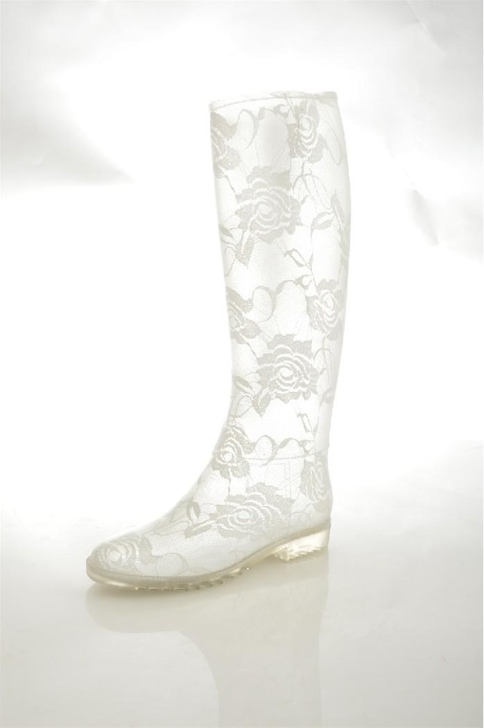 Резиновые сапоги KEDDOЖенская обувь<br>Материал: Резина<br> Материал подошвы: Резина<br> Внутренний материал: Текстиль<br> Стелька: Текстиль<br> <br> Страна бренда: Великобритания<br> Страна производства: Китай<br><br>Высота каблука: 2 см<br>Объем голени: 24 см<br>Высота голенища / задника: 32 см<br>Материал: Резина<br>Сезон: ВЕСНА/ОСЕНЬ<br>Коллекция: Весна-лето<br>Пол: Женский<br>Возраст: Взрослый<br>Цвет: Белый<br>Размер RU: 37