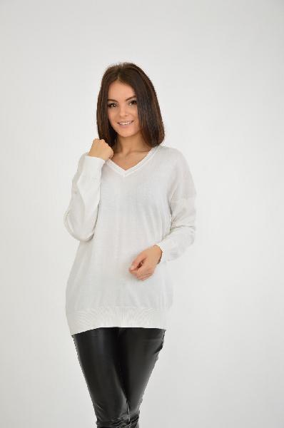 Пуловер Blue SevenЖенская одежда<br>Пуловер в белом цвете с V-образным вырезом свободного кроя. Удлиненный силуэт позволяет сочетать модель с лосинами и легинсами. Классический дизайн в сочетании с качественным исполнением. <br> Цвет: белый<br> <br> Состав: хлопок 40%,полиамид 20%,полиакрил 40%<br> <br> Вырез горловины V-образный вырез<br> Длина изделия по спинке, 67 см<br> Покрой Прямой<br> Фактура материала Трикотажный<br> Конструктивные элементы Манжеты<br> Особенности ткани Мягкая<br> Рукав длина, 65 см<br> Сезон демисезон<br> Пол Женский<br> Страна Германия<br><br>Материал: Хлопок<br>Сезон: ВЕСНА/ОСЕНЬ<br>Коллекция: Осень-зима<br>Пол: Женский<br>Возраст: Взрослый<br>Цвет: Белый<br>Размер INT: M