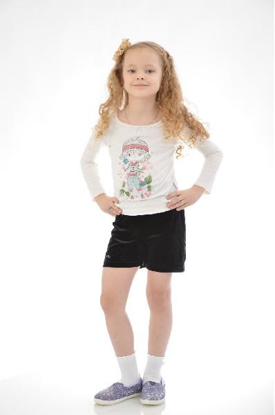 Шорты Arina BallerinaОдежда для девочек<br>Цвет: черный<br> Состав: 90,9% полиэстер, 9,1% спандекс<br> Описание: шорты на широком поясе-резинке выполнены из велюра и украшены модным принтом. Комфортная модель не сковывает движений и идеально подходит для занятий спортом и танцами<br> Уход за изделием: стирка при 30°C<br> Страна: Италия<br><br>Материал: Полиэстер<br>Сезон: МУЛЬТИ<br>Коллекция: Весна-лето<br>Пол: Женский<br>Возраст: Детский<br>Цвет: Черный<br>Размер Height: 158