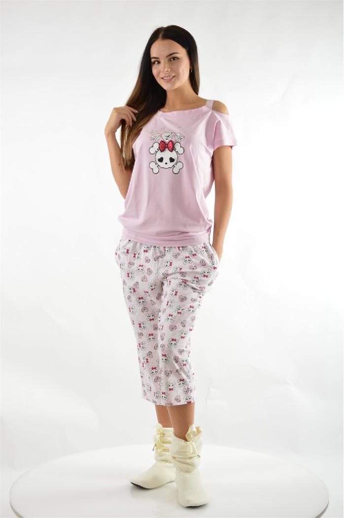 Пижама с капри Relax ModeЖенская одежда<br>Состав: 92% хлопок, 8% лайкра<br> Цвет: розовый<br> Уход за изделием: стирка при 30°С<br> <br> Страна дизайна: Турция<br> Страна производства: Турция<br>Уютная пижама, состоящая из футболки и капрей. Удобная модель с анимационным рисунком в качественном исполнении.<br><br>Материал: Хлопок<br>Сезон: МУЛЬТИ<br>Коллекция: Весна-лето<br>Пол: Женский<br>Возраст: Взрослый<br>Цвет: Розовый<br>Размер INT: S
