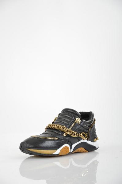 Кеды ASHЖенская обувь<br>Цвет: черный<br> <br> Состав: натуральная кожа<br> Высота каблука Маленький, 2.5 см<br> Вид застежки Молния<br> Высота платформы Низкая, 1.1 см<br> Материал верха Кожа<br> Материал стельки Кожа, 100 %<br> Материал подошвы Резина, 100 %<br> Форма каблука Танкетка<br> Особенность материала верха Комбинированный<br> Декоративные элементы Декоративные элементы<br> Материал подкладки натуральная кожа, 100 %<br> Материал подкладки текстиль, 100 %<br> Сезон демисезон<br> Страна Италия<br><br>Высота каблука: 2.5 см<br>Высота платформы: 1.2 см<br>Материал: Натуральная кожа<br>Сезон: ВЕСНА/ОСЕНЬ<br>Коллекция: Весна-лето<br>Пол: Женский<br>Возраст: Взрослый<br>Цвет: Черный<br>Размер RU: 38