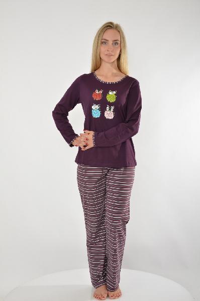 Пижама 3 части Vivance DreamsЖенская одежда<br>Пижама, 3 части. Свободный покрой, 2 модных цвета. Кофточка с длинными рукавами, актуальным принтом Совы и круглым вырезом, украшенным окантовкой в полоску. Шорты и брюки с эластичным поясом<br> <br> Материал: материал верха: 100% хлопок<br> Страна: Германия<br><br>Материал: Хлопок<br>Сезон: МУЛЬТИ<br>Коллекция: Весна-лето<br>Пол: Женский<br>Возраст: Взрослый<br>Цвет: Бордовый<br>Размер INT: S